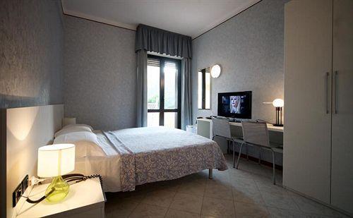 Hotel mondial moneglia moneglia genova for Hotel moneglia